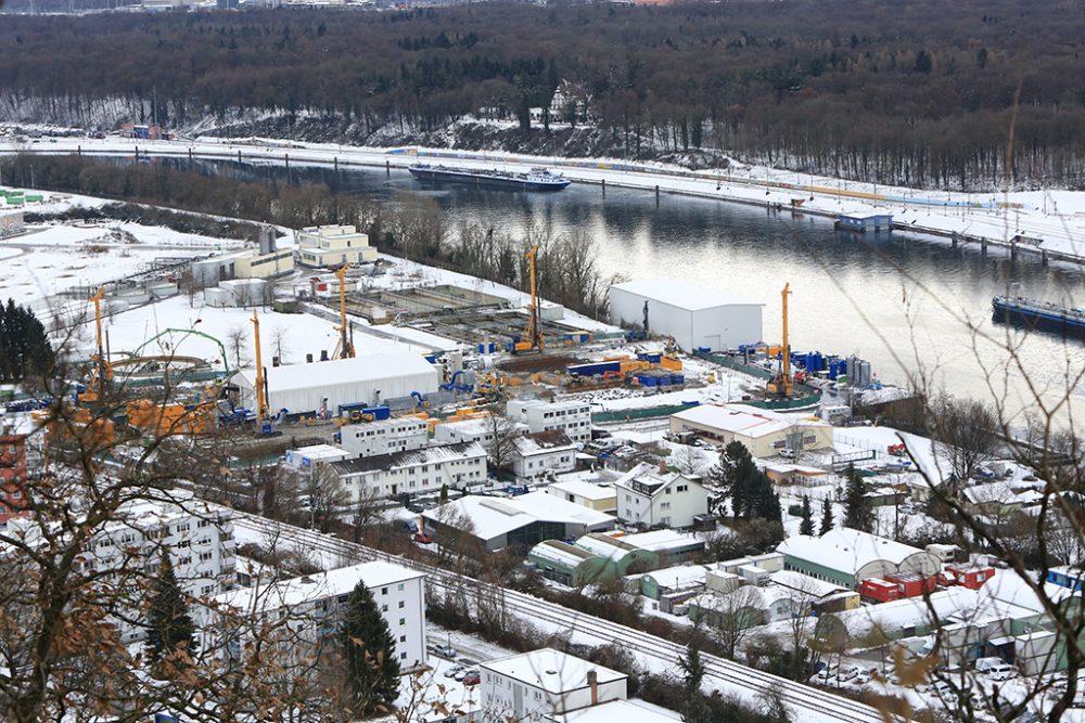 Blick auf den verschneiten Perimeter 1/3-NW der Altablagerung Kesslergrube (Aufnahmedatum: 11. Januar 2017); Quelle: Pressefoto Roche