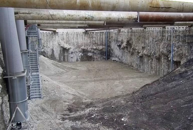 Der zum Heerweg gelegene Grubenbereich ist nun vollständig ausgehoben (Aufnahmedatum: 17. Mai 2018); Quelle: Pressefoto Roche.