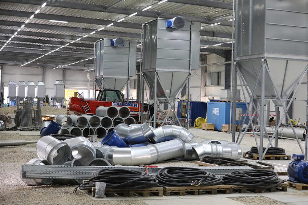Die Abluftreinigungsanlage wird im Baufeld Süd demontiert und gereinigt; Quelle: Pressefoto Roche