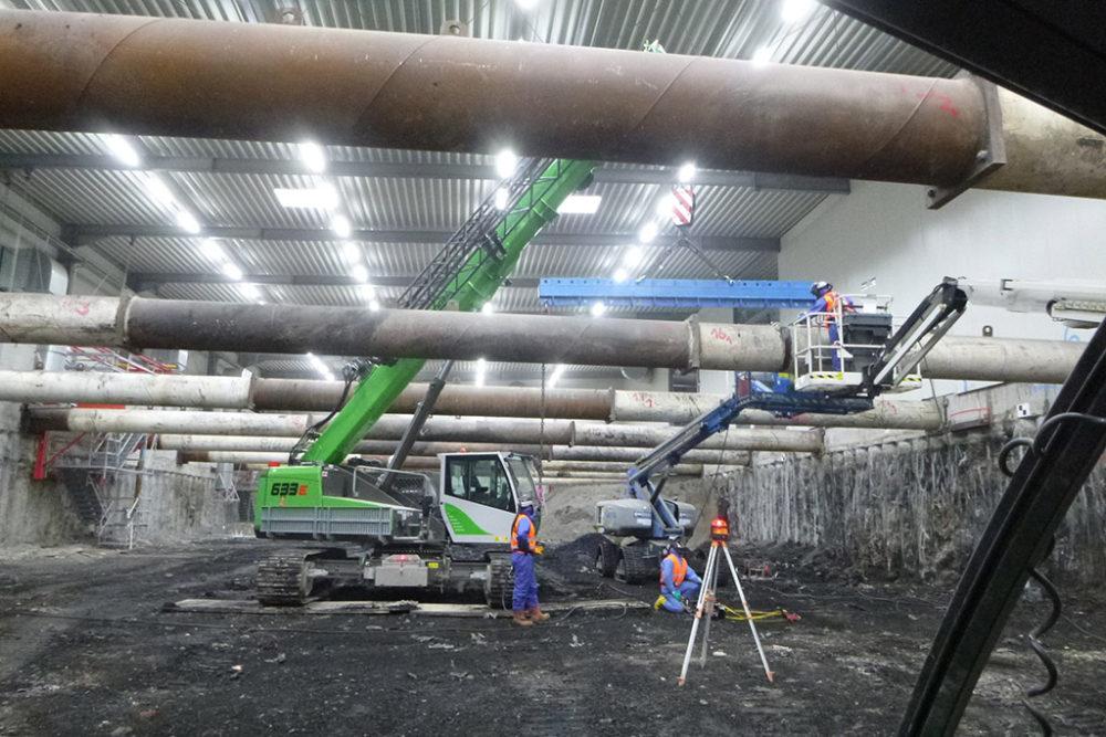 Im Zuge des finalen Einbaus der Steifen wurde festgestellt, dass sich einige der eingebauten Steifen stärker als zulässig verformten. Quelle: Pressefoto Roche